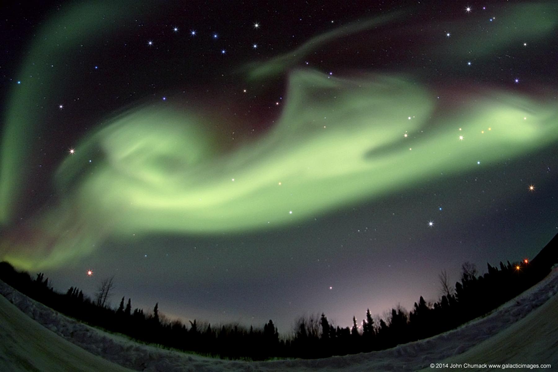 Aurora Borealis In Fairbanks Alaska on 03-21-2014