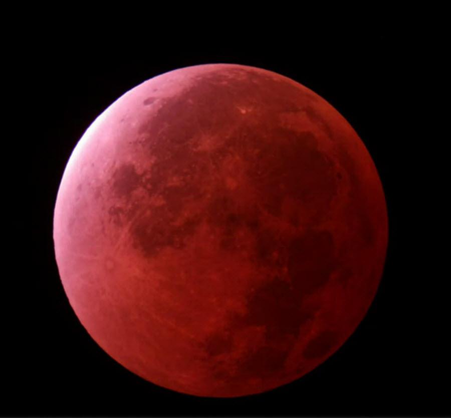 galery_blood_moon_23