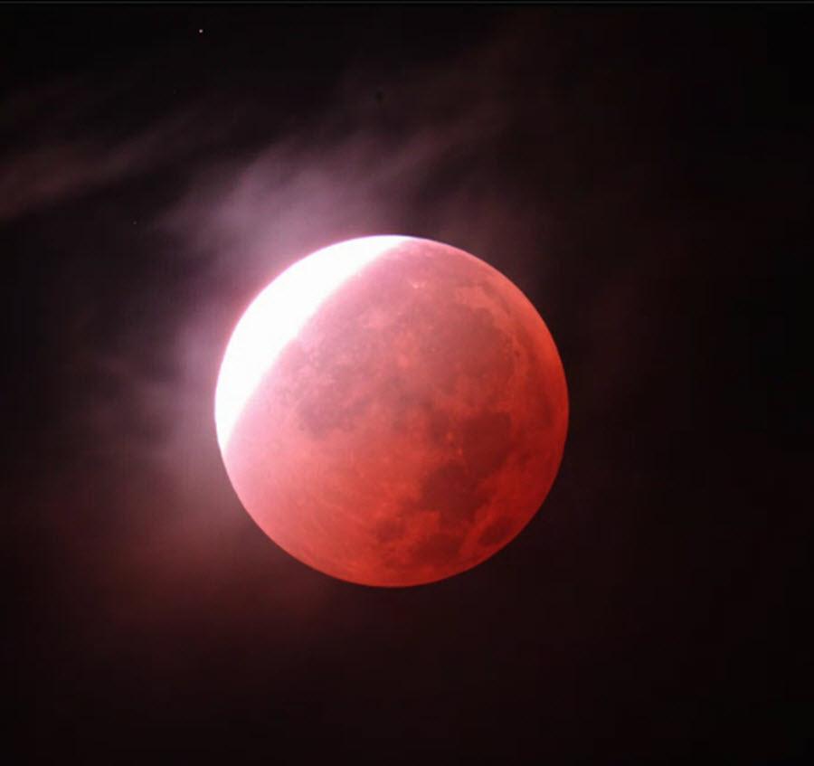 galery_blood_moon_25