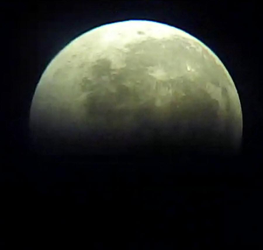 galery_blood_moon_28