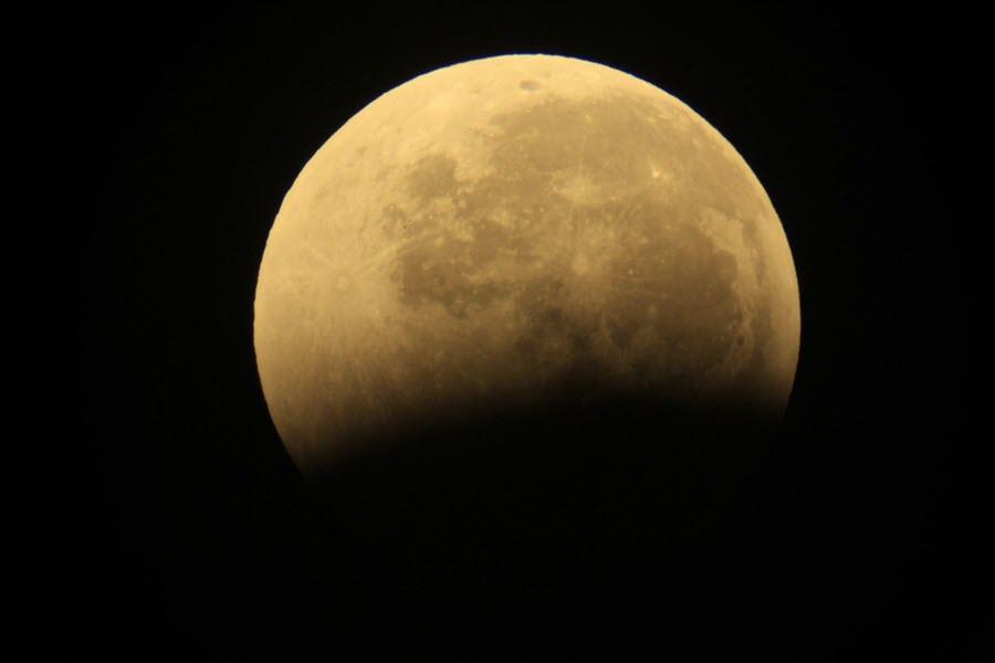 galery_blood_moon_29