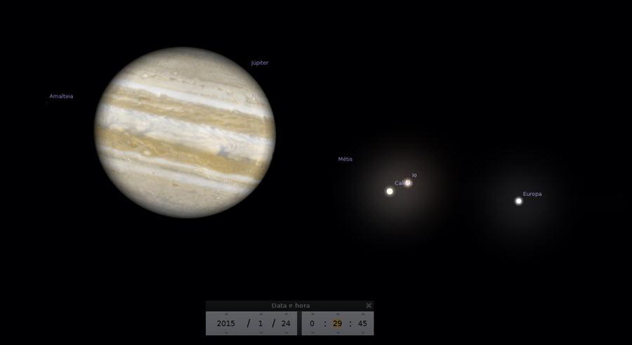 Início do trânsito triplo (00:29) - Sombra de Io começa a transitar o disco de Júpiter.