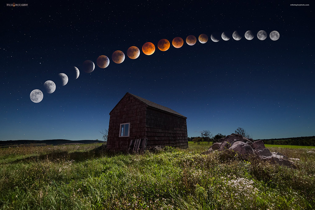 Super Blood Moon Eclipse  By Mike Taylor Central Maine, USA  -  Clouds and SKY Variations