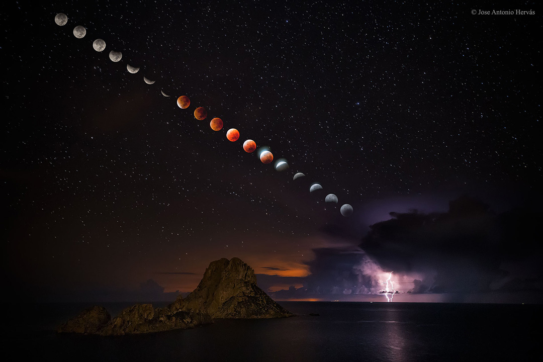 gal_eclipse_15